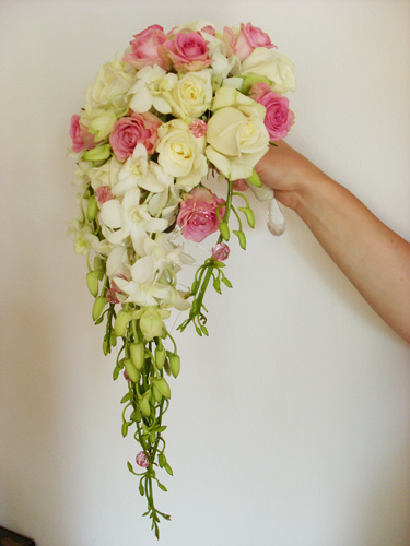Carmen  Salon Sukni Ślubnych